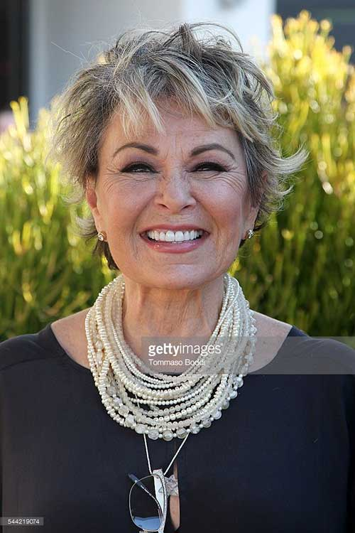 Short-Layered-Haircuts-for-Women-Over-50-025-www.vozsex.com_ Best Short Layered Haircuts for Women Over 50