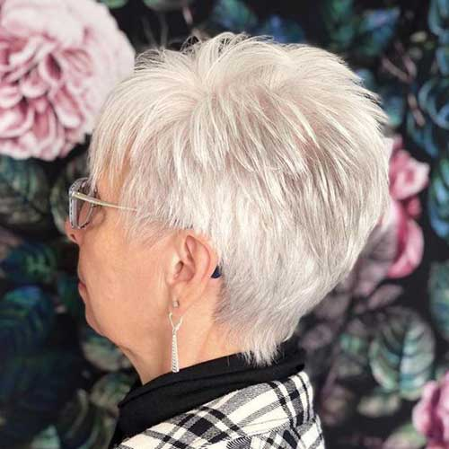 Short-Pixie-Style Short Hairstyles for Older Women with Thin Hair