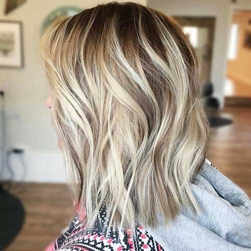 Short-to-Medium-Hairstyles-30 Short to Medium Hairstyles 2019