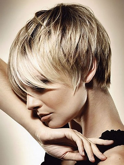 Very-short-hairstyles-with-bangs Very Short Haircuts with Bangs for Women