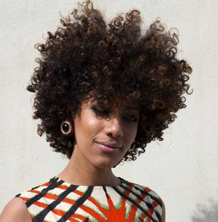 Voluminous-Perfect-Loose-Curls Short Hairstyles for Black Women