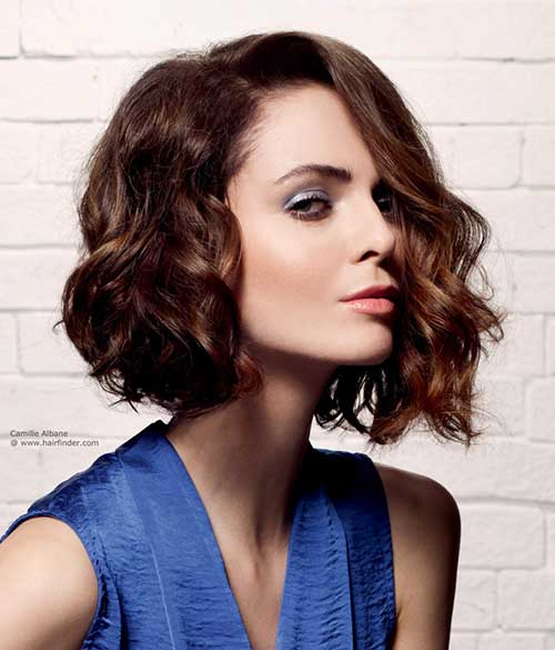 Wavy-Asymmetrical-Bob-Cut Best Wavy Bob Hairstyles