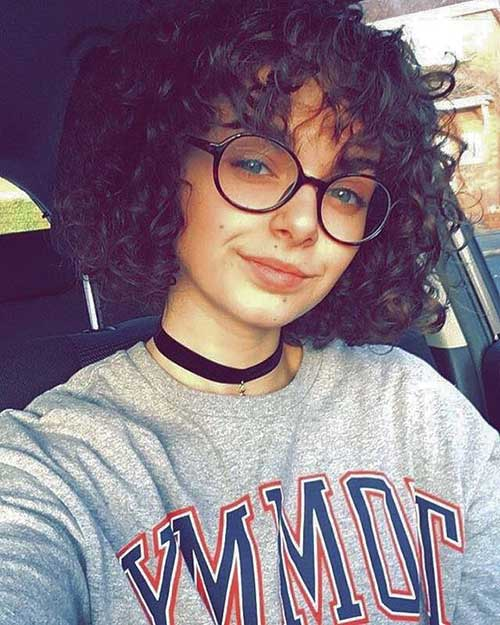 Bangs-with-Curly-Hair-and-Glasses Cute Short Curly Hairstyles for Sweet View