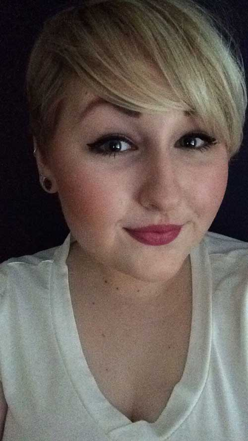 Blonde-Hair Pretty Short Haircuts for Chubby Round Face