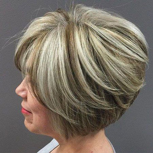 Blonde-Highlights Bob Haircuts for Older Women Chic Look