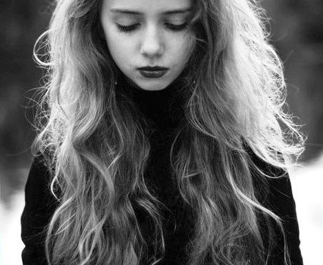 Cool-Long-Wavy-Hairstyle Home