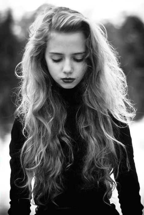 Cool-Long-Wavy-Hairstyle Glamorous Wavy Hairstyles