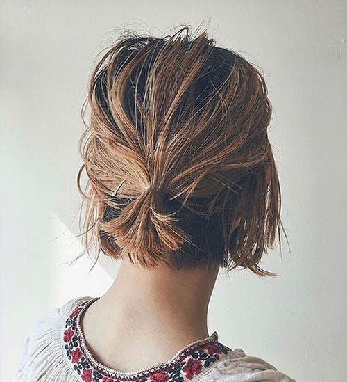 Cute-Quick-and-Easy-Short-Ponytail Ideas of Cute Easy Hairstyles for Short Hair