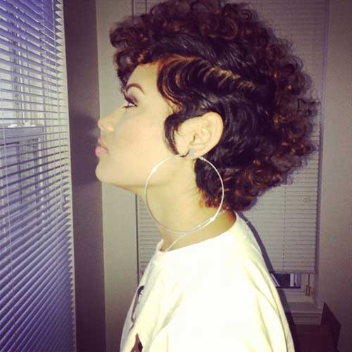 Cute-Short-Natural-Side-Parted-Hair-for-Girls Cute Short Natural Hairstyles