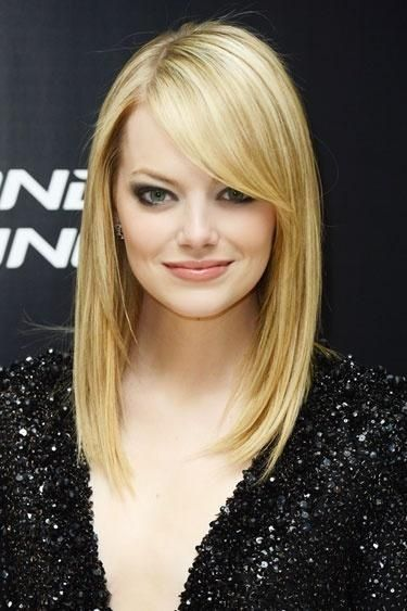 Emma-Stone's-Blonde-Straight-Hairstyle-With-Bangs Alluring Straight Hairstyles for 2019 (Short, Medium & Long Hair)
