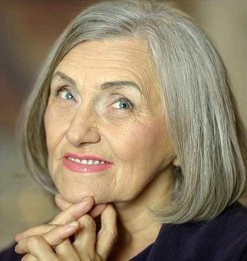 Fine-Grey-Hair Bob Haircuts for Older Women Chic Look