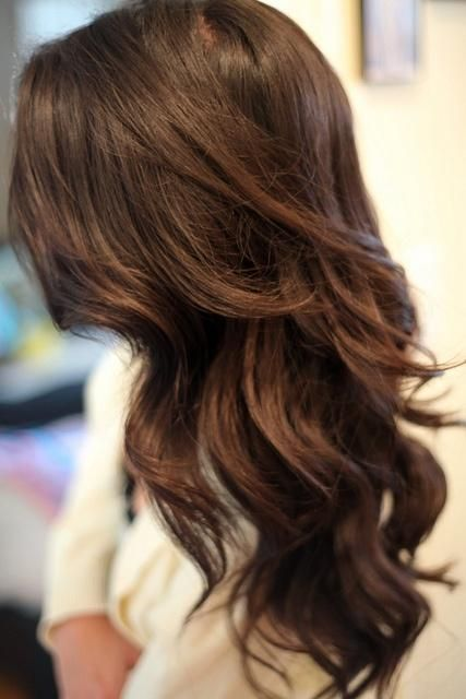 Glamorous-Long-Wavy-Hairstyle-for-Brunette-Hair Alluring Wavy Hairstyles for 2019