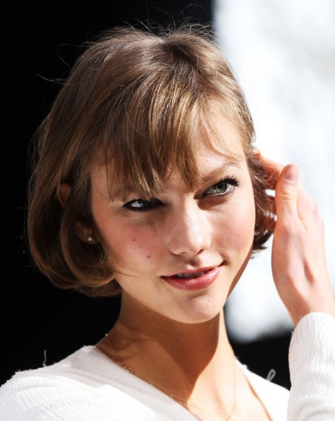 Karlie-Kloss-Short-Cut-with-Bangs-for-Summer Popular Haircuts for Summer Hairstyles 2019