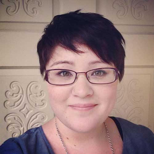 Layered-Short-Pixie Pretty Short Haircuts for Chubby Round Face