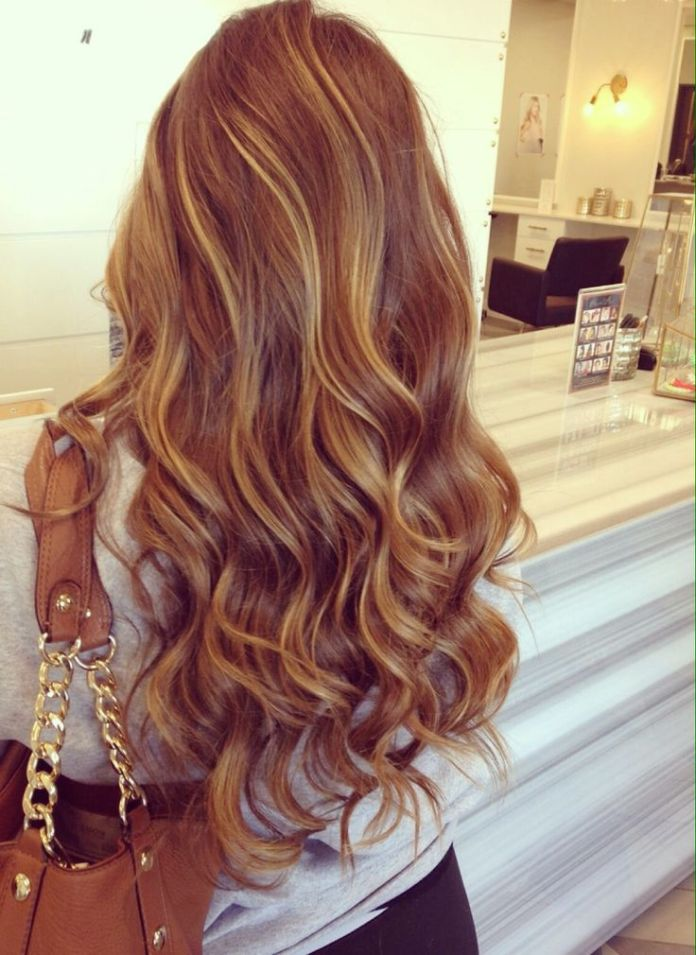 Long-Wavy-Hairstyle-for-Blond-Hair Glamorous Wavy Hairstyles