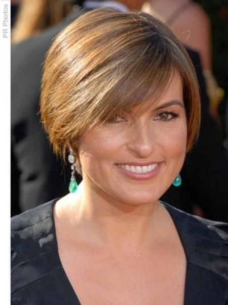 Long-wispy-bangs Hypnotic Short Hairstyles for Women with Square Faces