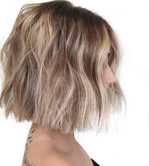 Messy-Bob-Haircut Short Wavy Hairstyles for Women with Style