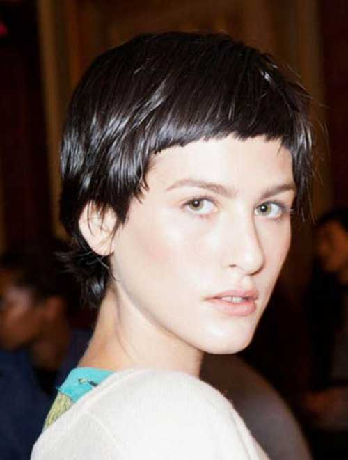 Pixie-Cut-with-Blunt-Bangs Most Beloved Short Haircuts with Bangs