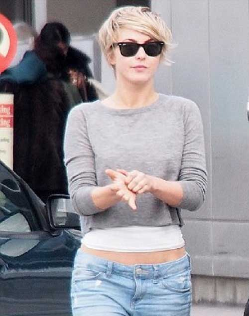 Street-Style-Casual-Short-Pixie-Hairstyle Casual Short Haircuts