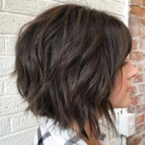 Thick-Hair-Bob-Cut Short Wavy Hairstyles for Women with Style