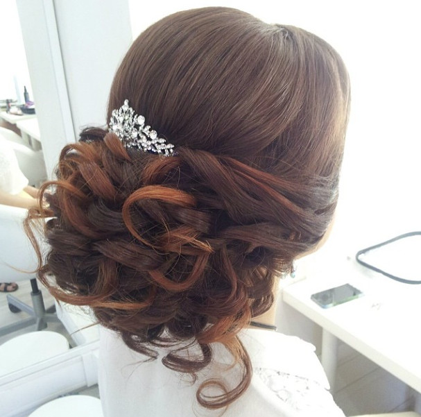 Wedding-Hairstyles-1 Romantic Wedding Hairstyles for 2019