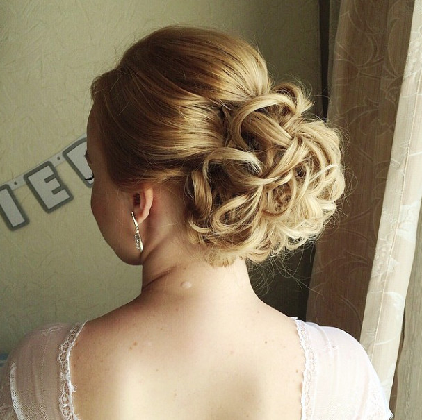 Wedding-Hairstyles-7 Romantic Wedding Hairstyles for 2019