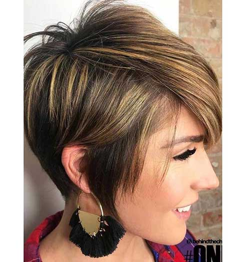 Asymetrical-Pixie Short Hairstyles for Women Over 40 to Explore New Look