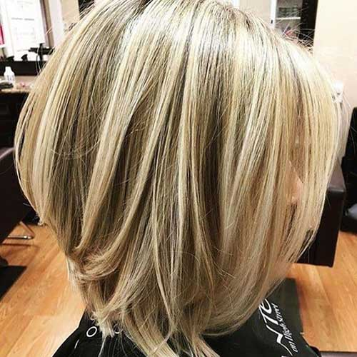 Blonde-Balayage Short Hairstyles for Women Over 40 to Explore New Look