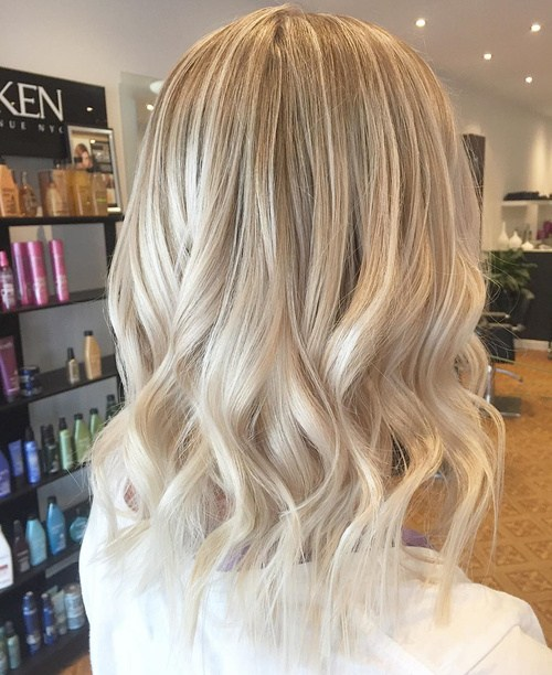 Blonde-Bombshell Best Hair Colors for Winter 2019: Hottest Hair Color Ideas
