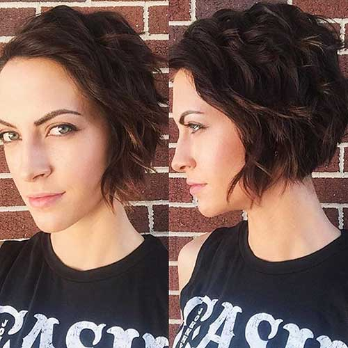Choppy-Short-Bob Best Short Hairstyle Ideas for Oval Faces
