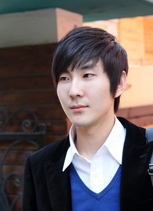 Classic-Asian-Haircuts-for-Men Cool Korean and Japanese Hairstyles for Asian Guys