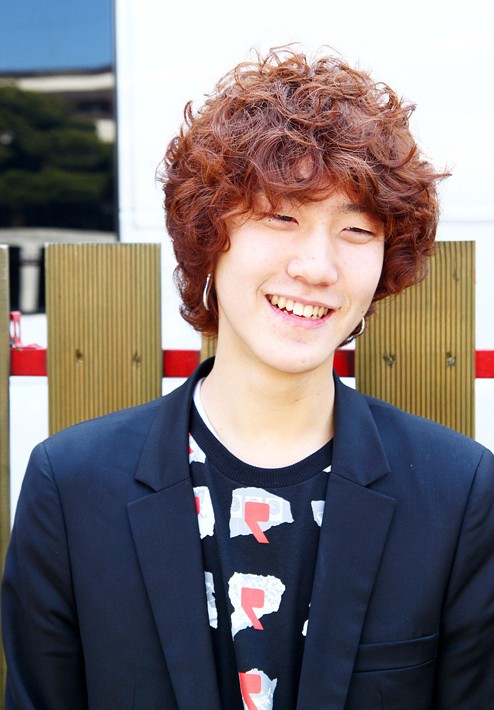 Cute-Korean-Young-Guys-Hairstyle Cool Korean and Japanese Hairstyles for Asian Guys
