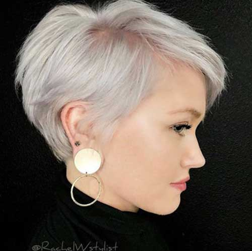 Fine-Pixie-Hair Short Hairstyles for Women Over 40 to Explore New Look