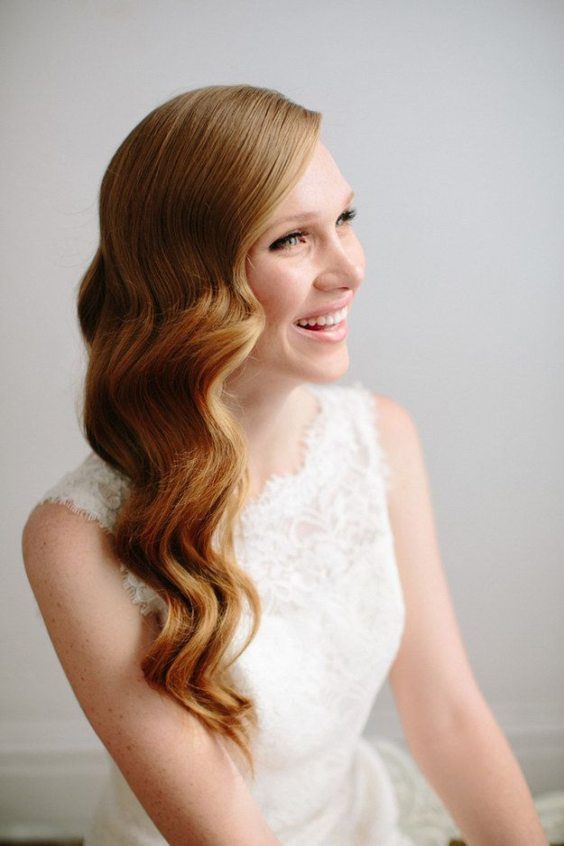 Gorgeous-Long-Wavy-Wedding-Hairstyle Simple But Beautiful Wedding Hairstyles 2019