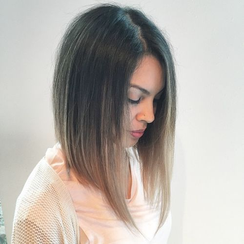Graduated-Lob-with-Silver-Ombre Gorgeous Ways to Rock Blonde and Sliver Hair