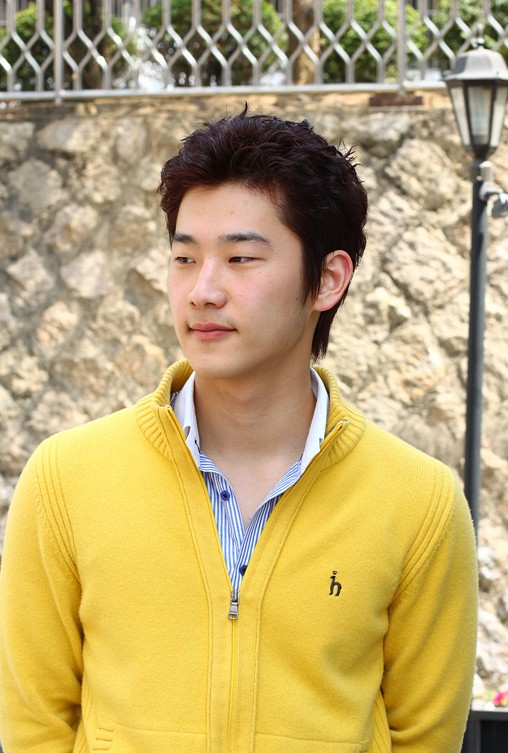 Korean-Haircuts-for-men Cool Korean and Japanese Hairstyles for Asian Guys