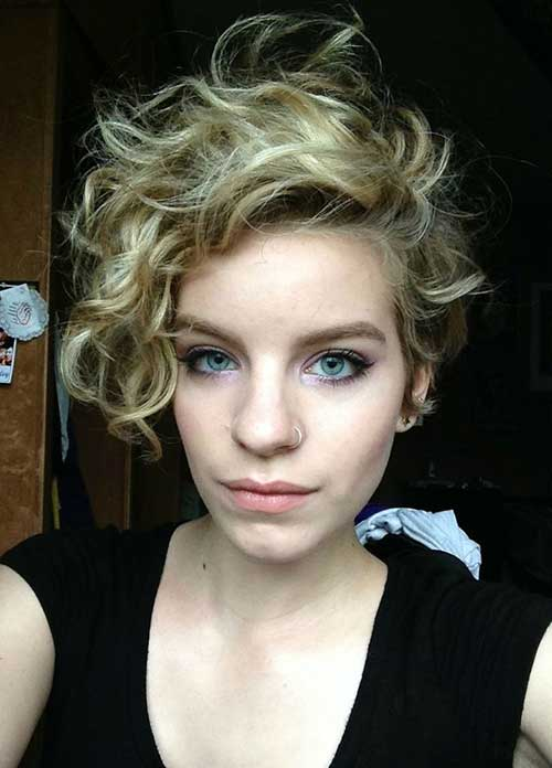 Longer-Curly-Pixie-Haircut-for-Cute-Girls Short Curly Pixie Haircuts