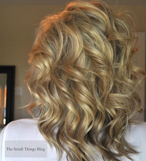 Medium-Curly-Hairstyle-2 Great Hairstyles for Medium Length Hair 2019