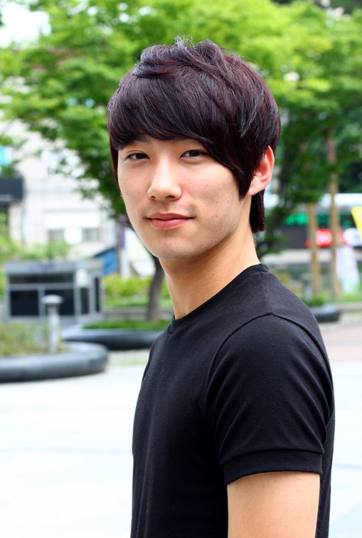 Short-Korean-Haircut-for-Guys-–-stylish-Asian-hairstyles-for-men Cool Korean and Japanese Hairstyles for Asian Guys