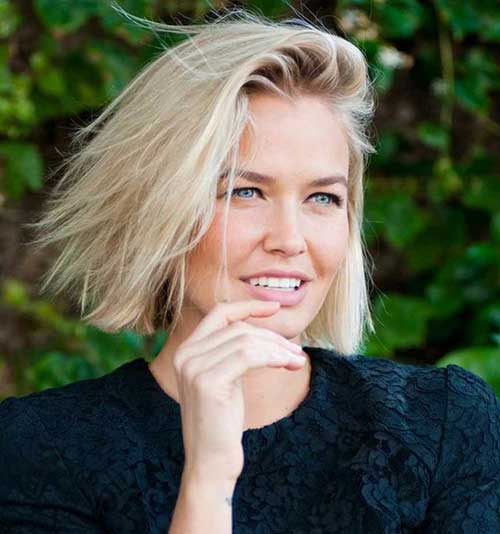 Short-Straight-Line-Messy-Hair Messy Hairstyles for Short Hair