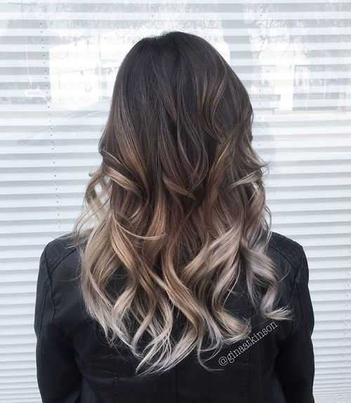 Silver-and-Brown-Curls Gorgeous Ways to Rock Blonde and Sliver Hair