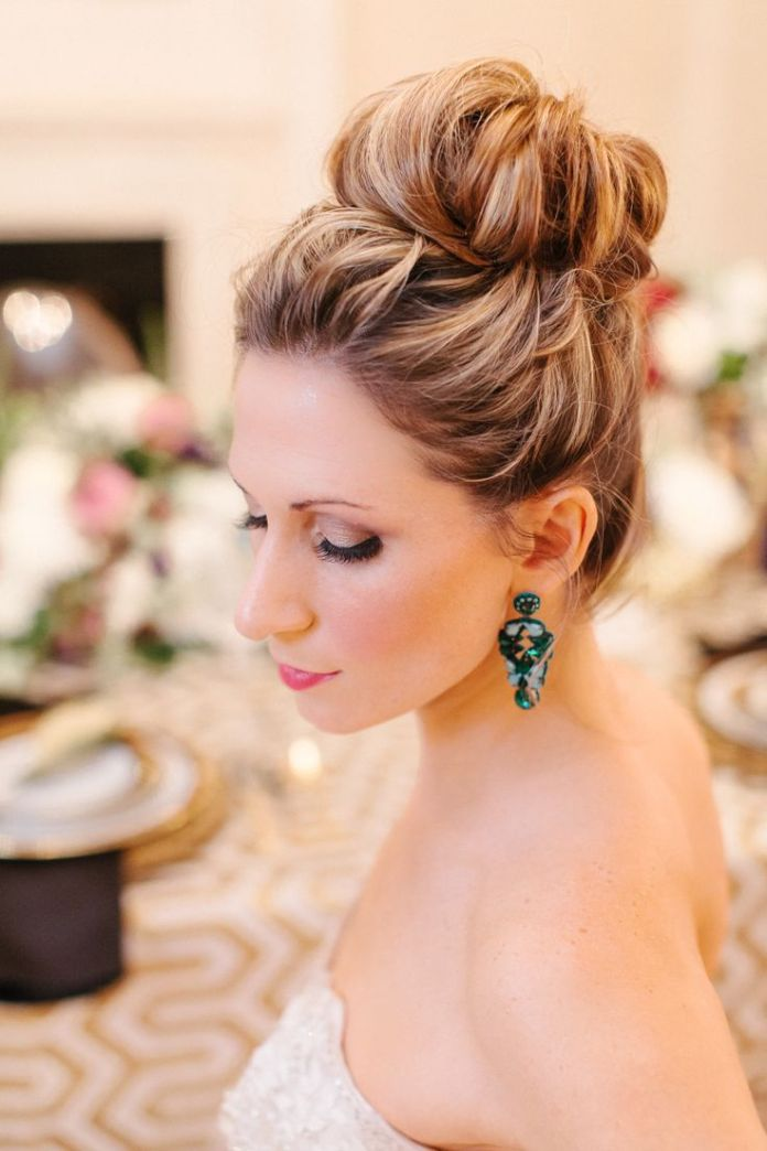 Stunning-Wedding-Updo-Hairstyle Simple But Beautiful Wedding Hairstyles 2019