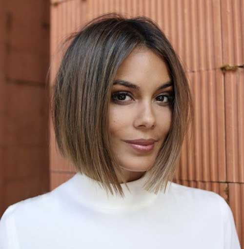 Trendy-Haircut Short Thin Hairstyles to Easily be Feminine
