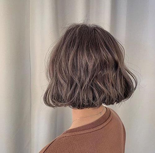 Wavy-Bob-Style-Haircut Latest Bob Style Haircuts