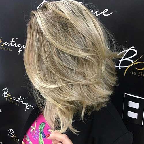 short-layered-haircuts-thick-hair Popular Short Layered Hairstyle Ideas