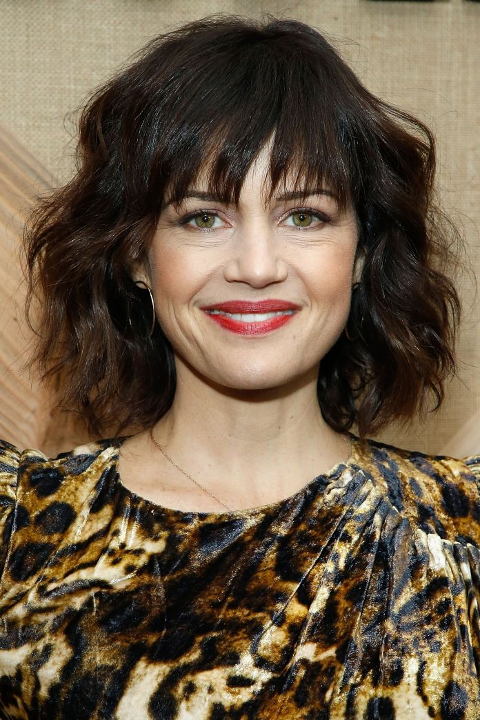 Bang-with-Waves Cute Bob Haircuts for Women to Look Charming