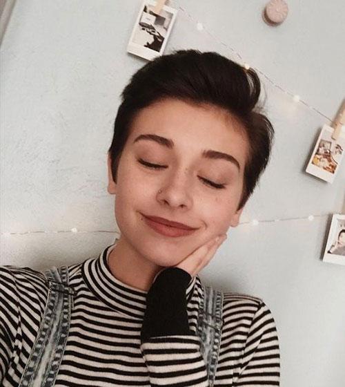 Boyish-Pixie Short Pixie Cuts for Round Faces