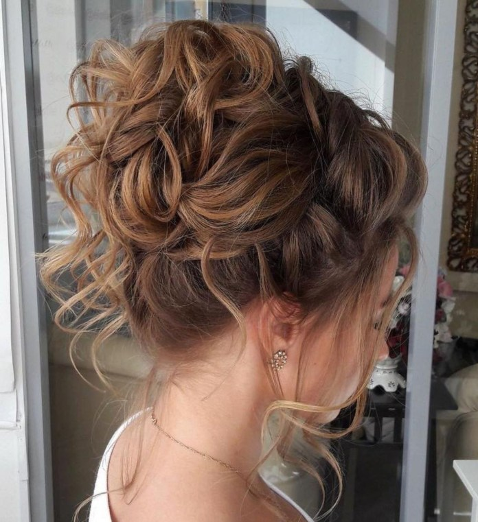 Crown-Buffet-Hairstyle Classy and Charming Hairstyles for Wedding Guest