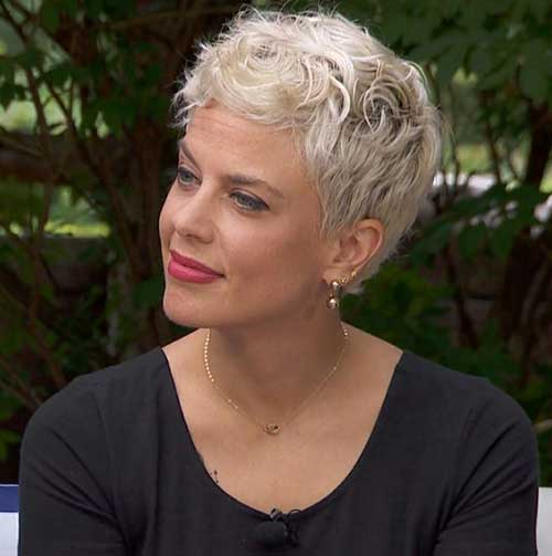 Ideas-of-Short-Hairstyles-for-Women-Over-50.8 Ideas of Short Hairstyles for Women Over 50