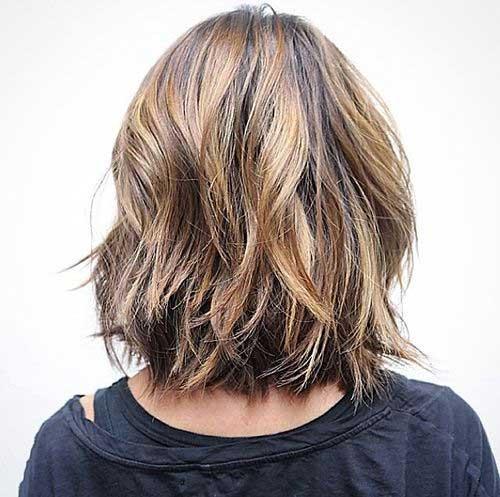 Layered-Long-Bob-for-Wavy-Hair-Back-View Nice Layered Wavy Bob Hairstyle